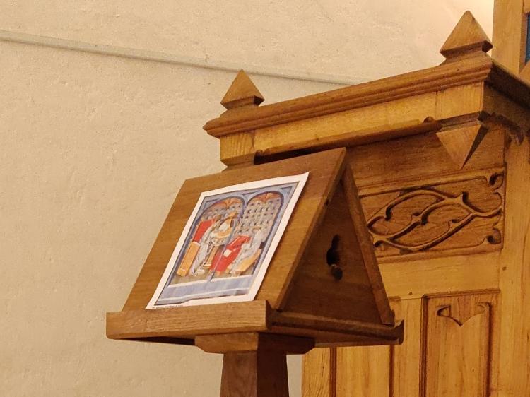 Table roue - scriptorium pour l'exposition de manuscrits médiévaux des Dominicains