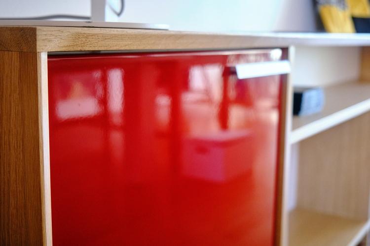 Facade de meuble de sur mesure laquée rouge